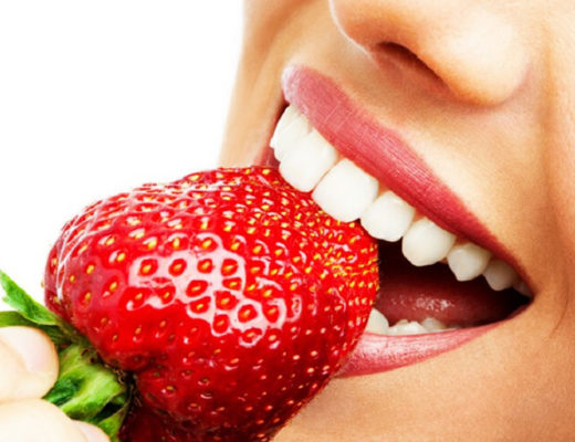 Girl-eating-strawberry