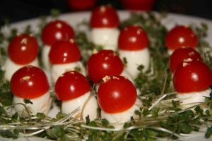 toad stools salad with quail eggs